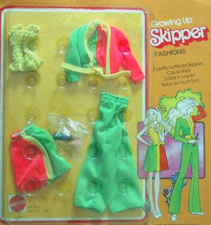 Growing Up Skipper Fashion #9513
