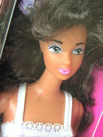Fashion Play Barbie - Hispanic Version