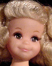 Living Fluff Doll Face close up