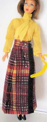 Vintage Barbie Long 'n Fringy Best Buy #3341 (1972)