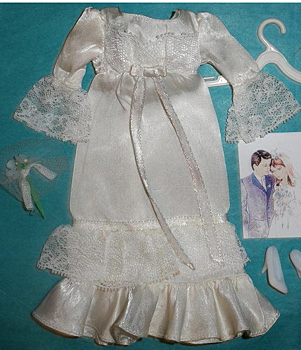 Vintage Barbie Sweetheart Satin #3361 (1972)