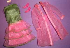 Vintage Barbie Scene Stealers