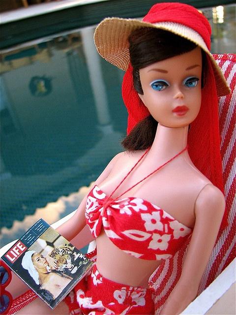 Vintage-Swirl-Barbie