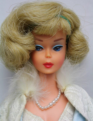 Frosted Blonde Side-Part American Girl