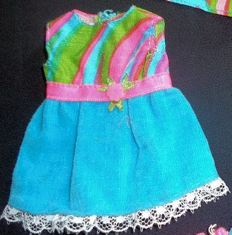 Vintage Skipper Triple Treat #1748 (1970 - 1971) with Barbie's Swirly Cue Fabric