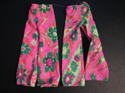 Mods Fashion History on Barbie Identification  Mod Satin Hot Pink Green Flower Bellbottom