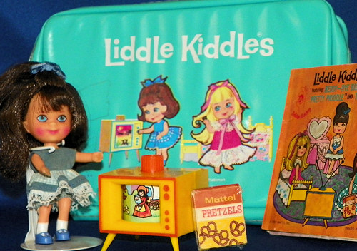 Telly Viddle Liddle Kiddle Set with Case